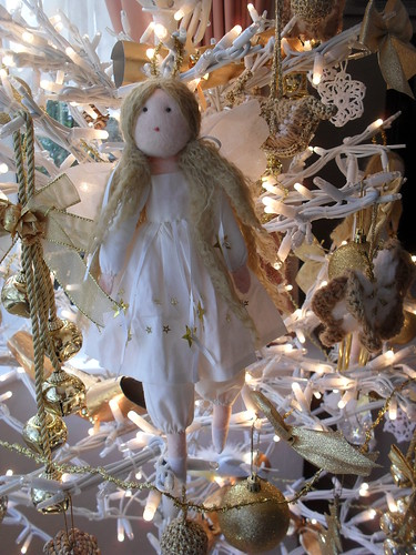 Angel - kit from Candle House Crafts. (Gone out of business now).