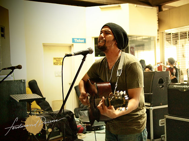 Johnoy Danao performs for Rock the Riles at MRT Boni