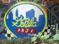 gorila (Gorillahs) Tags: columbus skyline graffiti theme pbj gorila chillie fbsk