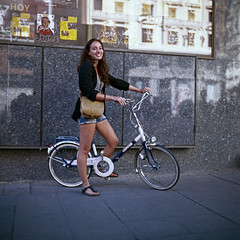 (pianococtail) Tags: madrid slr 120 6x6 film bike 200 gac agfa kiev optima 88cm