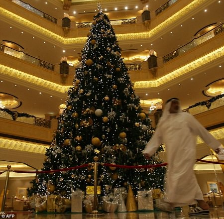 uae-christmas-tree
