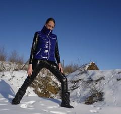 IMGP0033 (Karhu1) Tags: schnee snow shiny jacket nylon snowsuit jacke overall skianzug