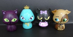MH critters (Laila X) Tags: monster toys high crescent fabulous mattel count monstercross watzit hissette