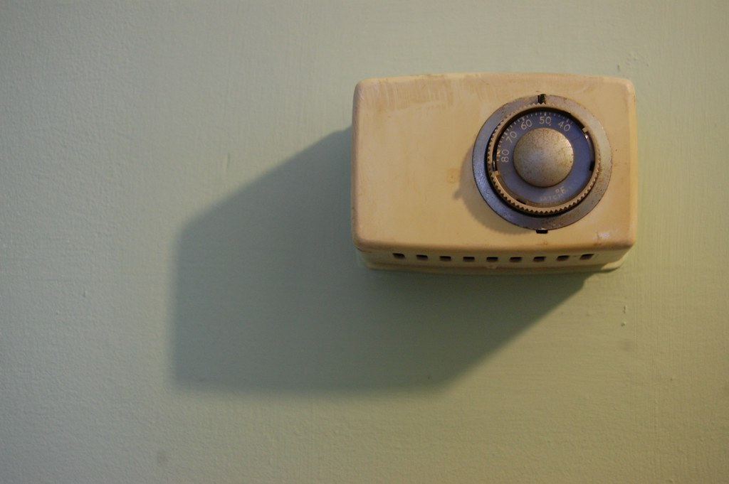 Thermostat for underfloor heating