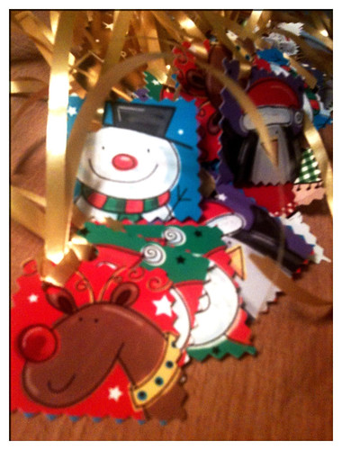Day 3 : Making Recycled Christmas Tags