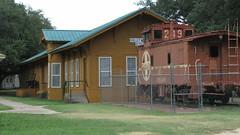 SX10-IMG_1880 (old.curmudgeon) Tags: santafe texas caboose depot atsf 5050cy