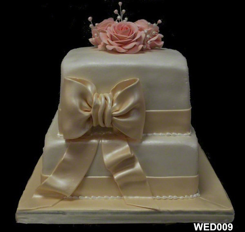 hot pink black and white wedding cakes. hot pink black and white wedding cakes. Hot Pink Black And White