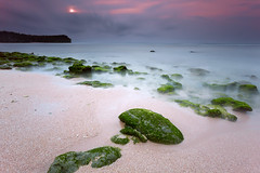 Balangan (tropicaLiving - Jessy Eykendorp) Tags: longexposure light sunset bali seascape beach nature canon indonesia landscape sand south sandy lee nd uluwatu reverse filters 1022mm gnd balangan singhray canoneos50d bigstopper lee10stopnd