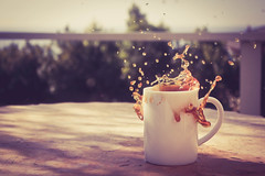 Ten - Coffee Splash (swkaplan) Tags: california coffee breakfast canon losangeles mug 365 xsi lightroom spalsh disruption threesixtyfive cookiesplash