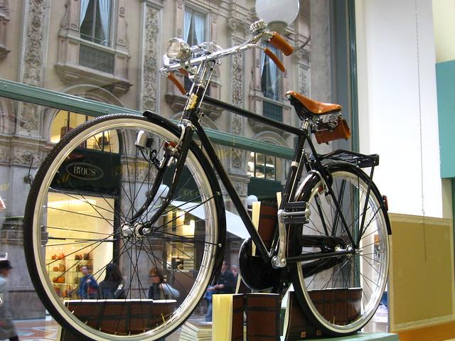 ミラノの自転車のフリー写真素材
