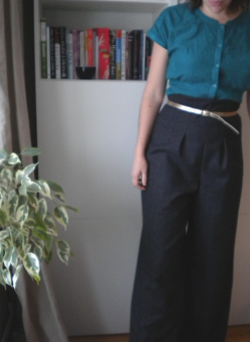 Vogue 8604 trousers