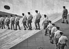 Rom Soldaten b&w (rainerneumann831) Tags: linien rom soldaten treppe blackwhite