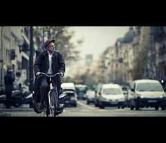 the cruiser (millan p. rible) Tags: street cinema paris france canon movie still candid stranger cinematic 135l canonef135mmf2lusm thecruiser canoneos5dmarkii 5d2
