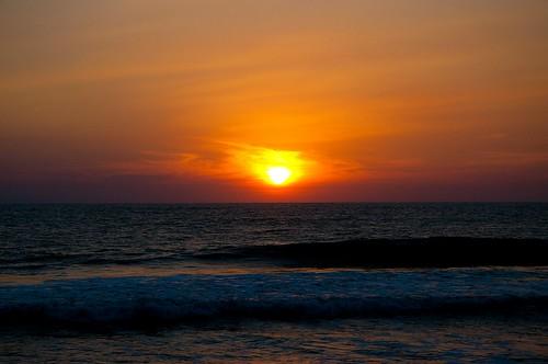 Ocaso en la playa (1)