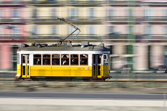 Carris panning (MB*photo) Tags: old portugal europe lisboa lisbon tram panning tramway ville lisbonne electrico fil typique traditionnel wwwifmbch marcbaertsch