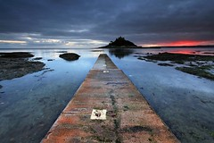 Red Sky at Night (Tony Armstrong-Sly) Tags: sunset sea england seascape beach nature landscape coast cornwall jetty shoreline shore stmichaelsmount