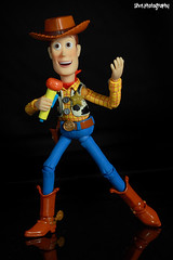 woody singing (-stvn-) Tags: toy woody story revoltech