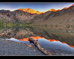 6:00 am (Elena .) Tags: lake sunrise convict alpenglow highsierra easternsierra
