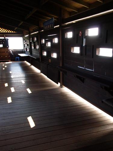 觀鳥亭室內的光影