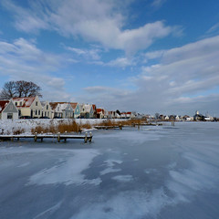 Little dyke village Durgerdam in the winter of 2010 (Bn) Tags: christmas holland ice harbor casa village iceskating skating thenetherlands lac sat wintertime dyke nor topf100 dig biserica durgerdam iceskate waterland schaatsen schaats copac ijmeer elfstedentocht cer iarna debarcader 100faves gheata natuurijs buitenij elevencitiestour patinaj durgerdammerdijk nearamsterdam bevrorenmeer skatingonnaturalice dutchskaters schaatseninwaterland skateoutdoor schaatsgekte ijstochten lakefreezeover firstdayofice