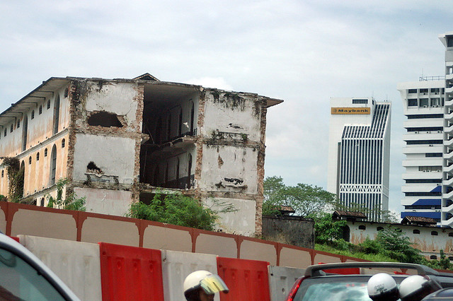 Pudu jail being torn down
