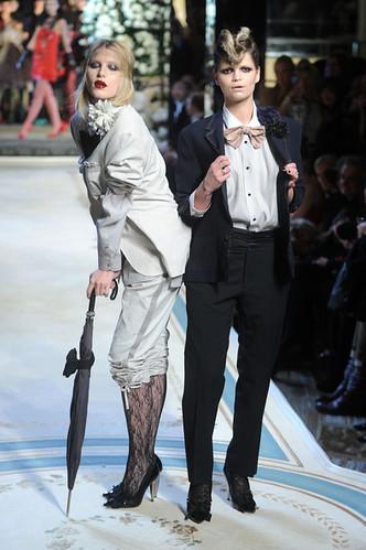 Pixie+Geldof+Lanvin+H+Haute+Couture+Show+Runway+W_D-8BzlpITl