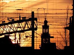 amsterdam skyline...;-)) (wojofoto) Tags: amsterdam golden skyline deruijterkade wojofoto stadsarchief spoorweg kerk wires draden wire spoor church wolfgangjosten