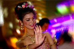 01 Dancing Beauty (Ursula in Aus (Away)) Tags: portrait woman beauty female night river thailand bangkok dancer thai chaophraya rivercruise      earthasia totallythailand