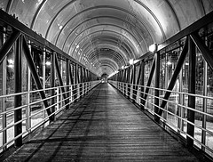 End of the tunnel (dubbelt_halvslag) Tags: city bridge light shadow blackandwhite bw white black reflection architecture canon dark gteborg exposure raw sweden schweden gothenburg perspective tunnel sverige bro scandinavia westcoast hdr ljus svartvitt photomatix g10 gngtunnel