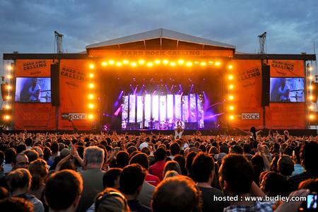 Concert atmosphere 1