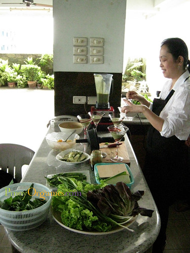 RawFood-Aileen de Guzman in action