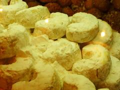 kourabiedes-Nikiforou (marixani) Tags: white sweet sugar greece thessaloniki kourabiedes gluka nikiforou  marixani