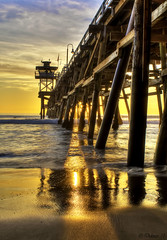 Golden Path (Didenze) Tags: light sunset seascape reflection golden pier glow perspective explore sanclemente hdr goldenhour parquedelmar goldenpath canon450d hdrspotting didenze