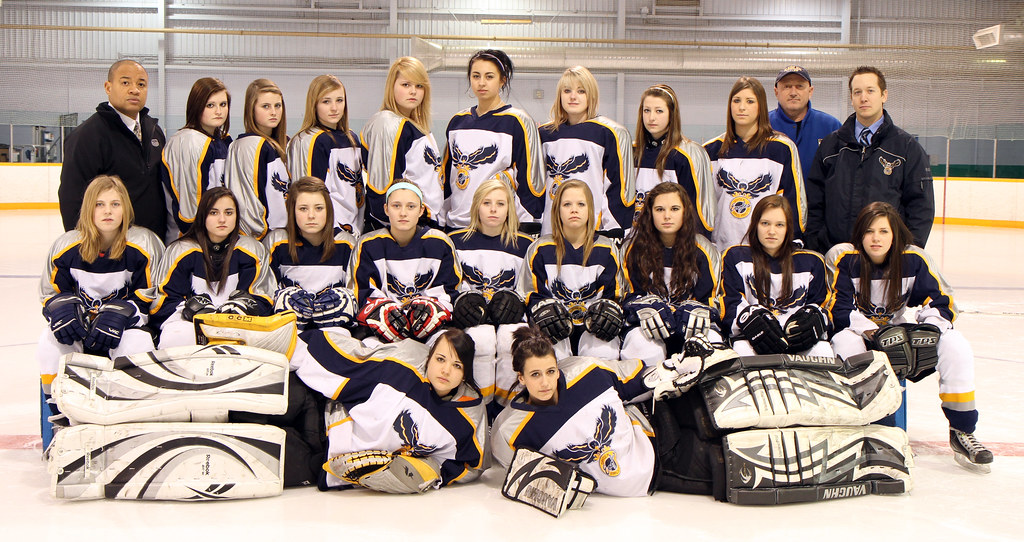Girls Hockey 2010/11 Team Picture