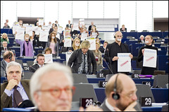 Politics in action in the EP hemicycle (European Parliament) Tags: brussels france viktor prime democracy election europa europe european belgium flag president political union group eu bruxelles parliament communication strasbourg rights council leader session parlament parlement elections citizen ep minister citizens politic hungarian parlamento plenary europen 2011 euroepan europeu parlamentul parlamentet europas europeo europos euroopan europisches citoyen orbn europejski parlamentas parlaments eurpai parlamentti parlamente euroopaparlament eurostudio ewropeweuropees europsk parlamentil parlaimintn aheorpa vropski