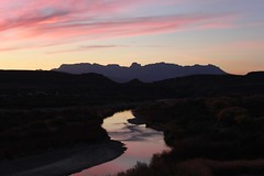 Big Bend National Park (zug55) Tags: sunset mxico landscape mexico texas desert border paisaje unesco biospherereserve bigbendnationalpark coahuila bigbend riogrande mab chisosmountains chihuahuadesert mabbiospherereserve unescomabbiospherereserve