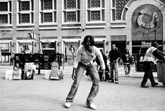 Here In The Bay We Dance a Little Different (Jeffrey-Anthony) Tags: sf sanfrancisco street film 35mm blackwhite bayarea marketst lookingglassphoto jeffreyanthony inthebaywedancealittledifferent ilfordiso3600