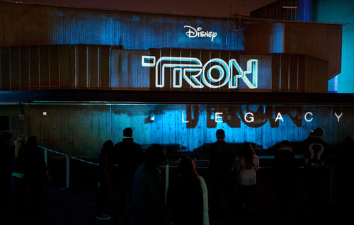 disney logo tron. Tron Logo on side of Queen