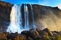 Athirappilly Falls (Karthick R) Tags: sunset india rocks kerala falls waterfalls athirapally athirappilly raavan sholayar raavanan