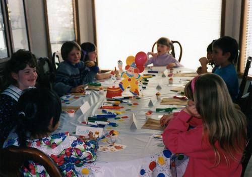 birthday balloons table quinn bossy