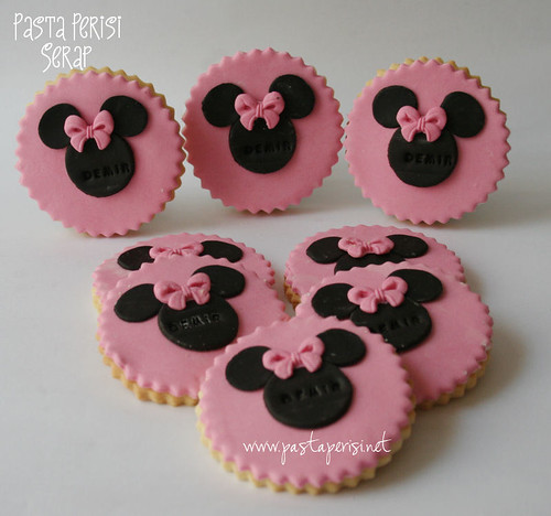 DEMİR  4ND BIRTHDAY MİNİ COOKİE - mickey