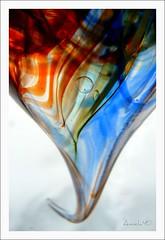 S'accrocher à la vie. Hang on the life. (Amiela40) Tags: life couleurs blownglass vie verresoufflé saccrocher photoquebec digitalarttaiwan bestcapturesaoi lemondemerveilleuxdelaphoto whaticallart