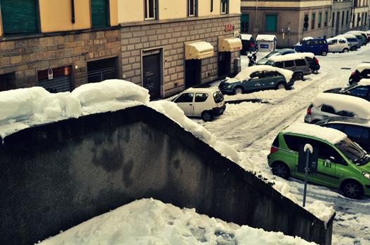 la scala e la neve