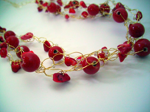"Crochet ""Reds"" Necklace w/Gold Wire & Clasp"