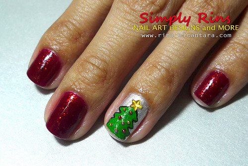 Christmas Tree Nail Art 02
