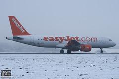 G-EZTE - 3913 - Easyjet - Airbus A320-214 - Luton - 101222 - Steven Gray - IMG_7173