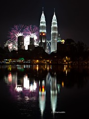 1-1-11 (QooL / بنت شمس الدين) Tags: reflection night fireworks towers midnight countdown klcc qool 2011 qoolens