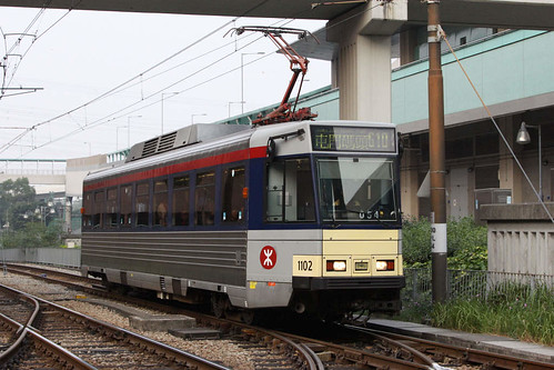 Phase 3 LRV 1102 arrives at Siu Hong on route 610