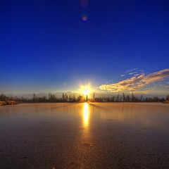 Frozen sunrise {Acte 2} {EXPLORED - FrontPage} (Girolamo's HDR photos) Tags: winter light sunset sky sun lake france mountains ice nature canon reflections french landscape photography savoie hdr girolamo photomatix tonemapping canoneos50d lacsaintandr cracchiolo omalorig wwwomalorigcom gettyimagesfranceq1