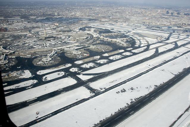 d6 newark airport